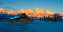 tetons, moulton barn, sunrise