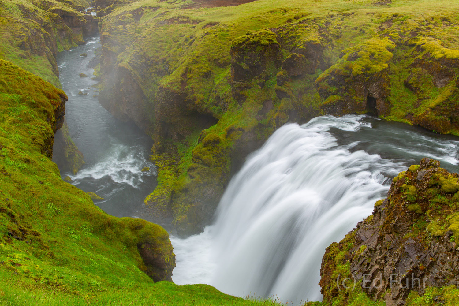 More than 20 waterfalls can be found by hiking along the Skoga River above its most famous falls, Skogafoss.