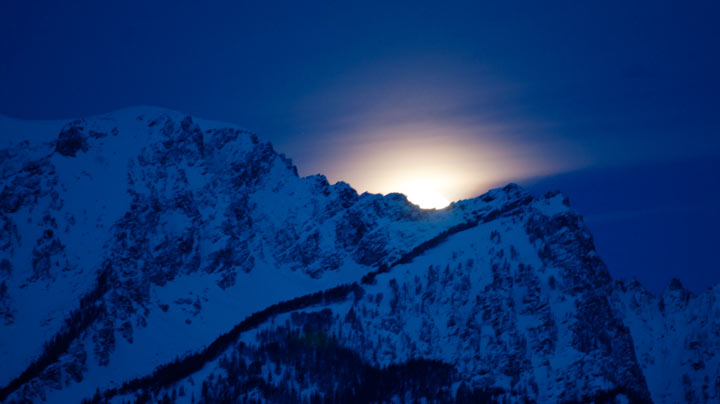 lunar eclipse, tetons, mountains, moon, photo, photography, landscape, photo